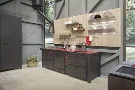 cuisine original hotte de cuisine murale design original avec éclairage intégré