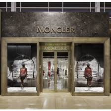 moncler yorkdale store hours