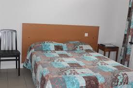 chambre des m騁iers de loire atlantique chambre pmr hôtel 2 étoiles la baule chambres la baule hôtel