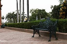 Lucknow Bench Namaste India Iv Lucknow