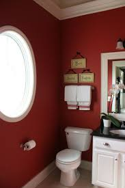 bathroom ideas for decorating with burgundy and white tiles