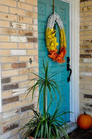 30 spooky halloween door decorations to rock this year brit co