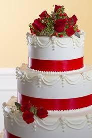 christmas wedding cakes 30 adorable christmas wedding cakes weddingomania