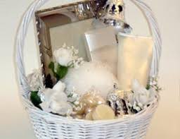 wedding gift of money ways to save money on wedding gifts