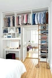 petit dressing chambre petits espaces un dressing dans ma chambre armoire penderie pour