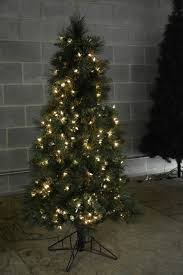 artificial tree 5 foot with 250 lights