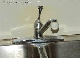 comment changer un robinet de cuisine comment remplacer les robinets d un évier