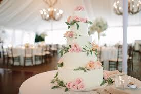 wedding cake greenery buttercream wedding cake with pink roses and greenery elizabeth