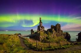 Best Time To See The Northern Lights Northern Lights Will Be Visible In The Uk Tonight Here U0027s The