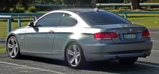 bmw 335i 2006 file 2006 2010 bmw 335i e92 coupe 01 jpg wikimedia commons