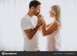 baisee dans sa cuisine homme baise la de la femme photographie boggy22