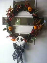 geek with curves nightmare before christmas wreath how to