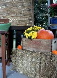 Fall Hay Decorations - fall decorating with hay bales and mums cornstalks hay bales