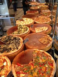 Pizza Hut Buffet Near Me by Best 25 Best Pizza Near Me Ideas On Pinterest Roma D Italia