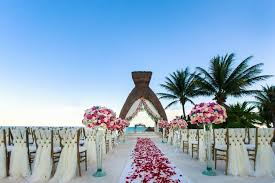 destination wedding did you one of the best destination weddings of 2017