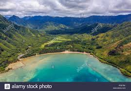 Hawaii Mountains images Aerial view oahu coastline and mountains in honolulu hawaii from a jpg