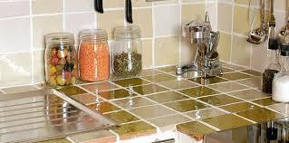 carrelages cuisine comment poser du carrelage dans une cuisine femme actuelle