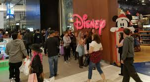 black friday disney store south bay shoppers waive sleep in favor of black friday deals