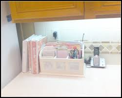 Organizing Clutter by Paper Organization