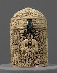 pyxis of al mughira umayyad c 968 c e ivory ap art history