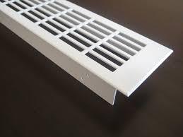 l ftungsgitter k che lüftungsgitter lochblech aluminium weiß 500 x 70 mm