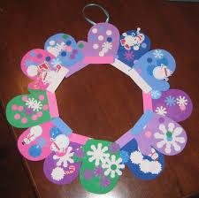 make a foam winter mitten wreath by stephanie louisville family fun