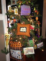 Halloween Tree Ornaments A Symphony Of Stitches Halloween Decorating