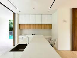 faux plafond cuisine design maison stores extérieurs bois massif cuisine design faux plafond