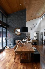 Lake Home Interiors by Best 25 Chalet Style Ideas On Pinterest Chalet Interior Ski