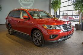 nissan pathfinder us news 2017 nissan pathfinder gains power style and a better tow rating