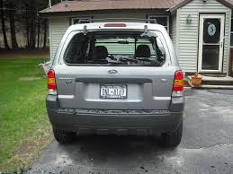 2008 ford escape rear window exploded 7 complaints