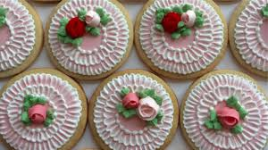 Icing To Decorate Cookies How To Decorate Cookies With Royal Icing Roses And Brush