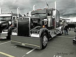 volvo 18 wheeler kenworth custom w900l show and shine trucks pinterest rigs