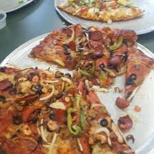 Round Table Pizza Menu Prices by Round Table Pizza 26 Photos U0026 66 Reviews Pizza 1717 Fremont
