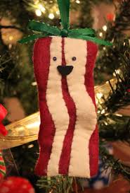 25 days of felt crafts day 3 makin bacon ornaments