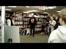 Barnes Noble 5th Ave Hip Hop Artist Gucci Mane Barnes U0026 Noble 5th Ave Branch Nyc
