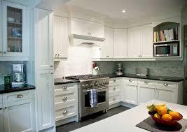 white shaker kitchen cabinets backsplash mosaic kitchen backsplash transitional kitchen
