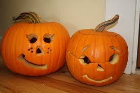 cute carved pumpkin faces ideas spooky halloween pumpkin carving