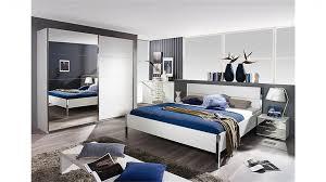 schlafzimmer spiegel haus renovierung mit modernem innenarchitektur tolles spiegel im