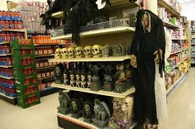 Halloween Decorations For Retail Stores by Big Lots Halloween Dollar Tree Halloween Homemade Scary Halloween