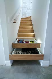 schrank unter treppe die besten 25 schrank unter treppe ideen auf