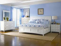 white lacquer oak wood queen size bed with single side drawer and