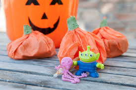 Halloween Treat Bag Ideas For Toddlers 3 Paleo Halloween Ideas To Make Your Kid Feel Special