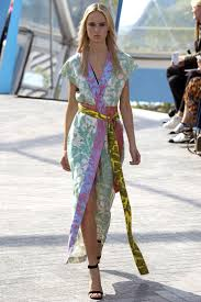 Erdem Spring 2016 Ready To by 439 Best Inspire Me Catwalk Images On Pinterest Couture Spring