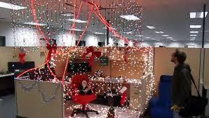 les de bureaux a noël les concours de déco envahissent les bureaux mode s d