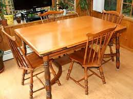 Maple Dining Room Sets Vintage 1940s Traditional Solid Maple Dining Set Table And Four