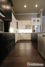 White Kitchen Cabinets Shaker Style 26 Best Two Toned Kitchen Cabinets Images On Pinterest Kitchen