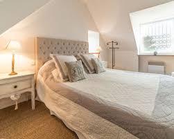 id d o chambre romantique pretty ideas idee deco chambre adulte romantique photos et id es d co de chambres adultes pour une taille moyenne avec un mur blanc jpg