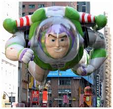 image buzz lightyear balloon macys thanksgiving day parade png