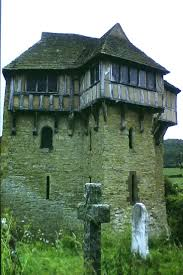 House With A Moat 194 Best Castles Of Merry Olde England U0026 Manor Houses Images On
